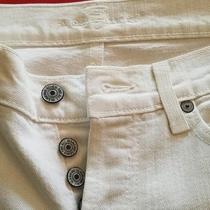 7 FOR ALL MANKIND WHITE JEANS.
